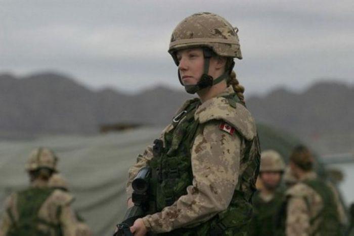 Женщины в канадской армии.  ( 60 фото ) Украина, Эстония