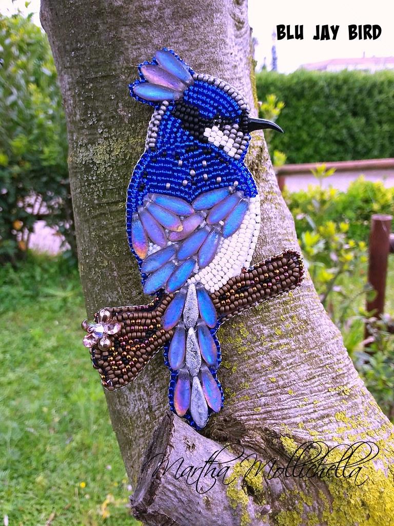 backlit daggers beadsmith uccellino americano BLUE JAY bird