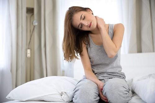 Cara Mengatasi Sakit Kepala Dan Leher Kaku