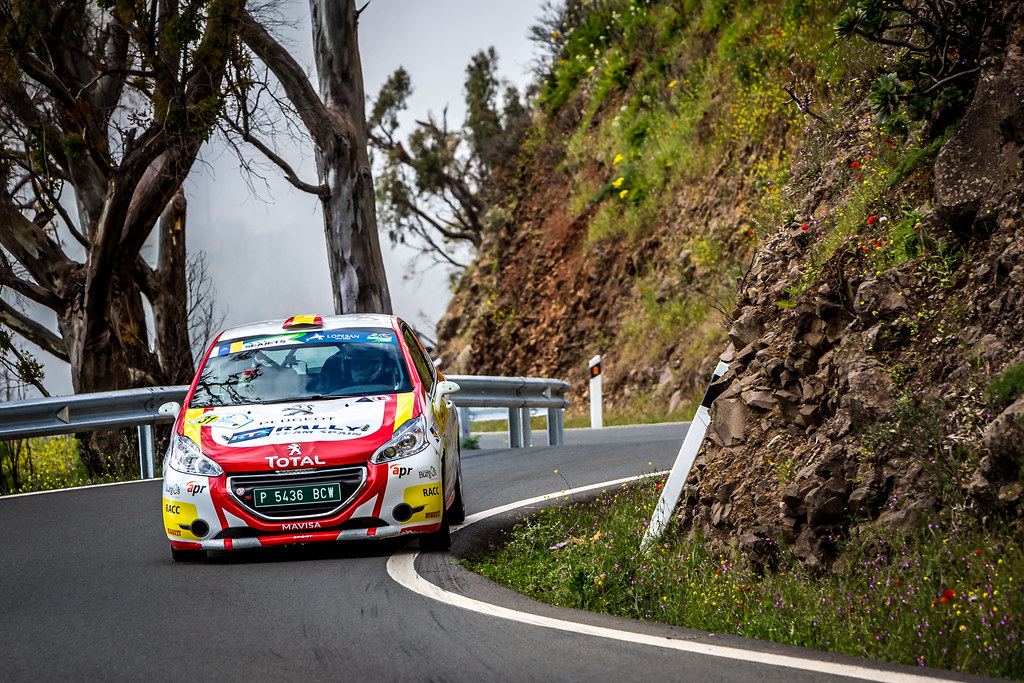 31 LLARENA Efren, FERNANDEZ Sara, Team rallye spain, Peugeot 208 R2, action during the 2018 European Rally Championship ERC Rally Islas Canarias, El Corte Inglés,  from May 3 to 5, at Las Palmas, Spain - Photo Thomas Fenetre / DPPI