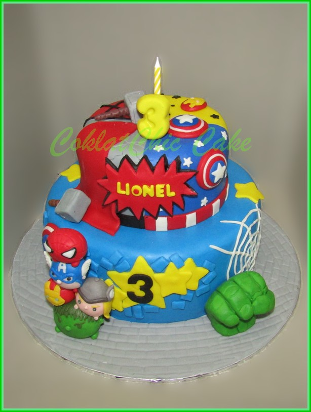 Cake Tsum Tsum The Avengers 20 cm dan 12 cm