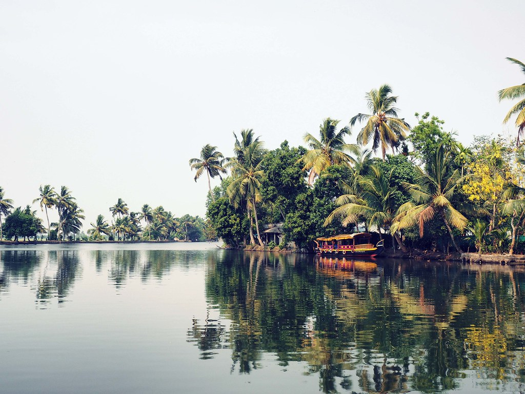 backwaters of alappuzha alleppey_effected