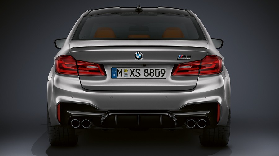 BMW M5 Competition 2