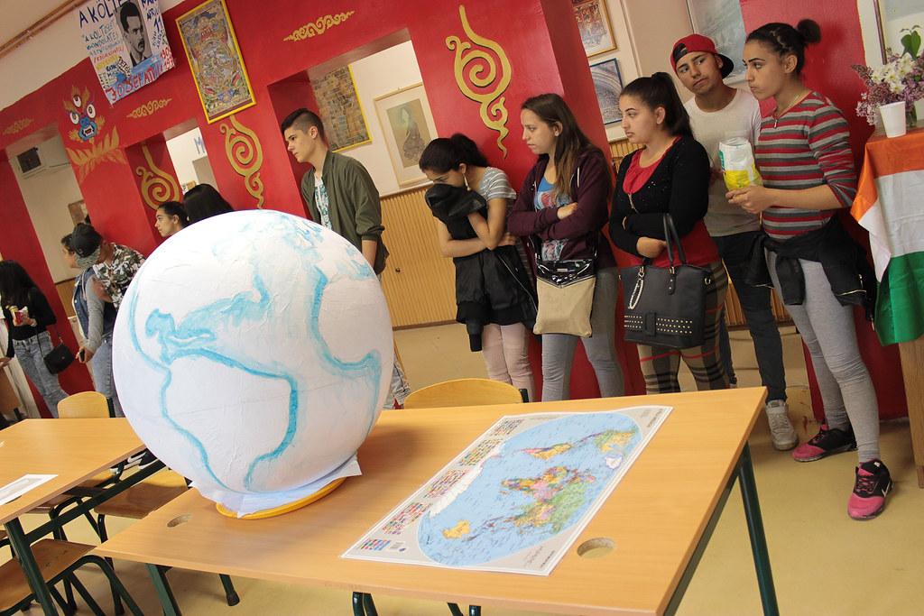"""Áprilisi """"Glóbusz"""" projektnap, bolgár vendégekkel a Föld napja alkalmából"""