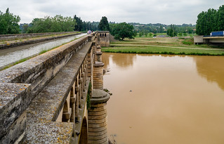 Aqueduct des Canal du Midi über den Orb bei Béziers