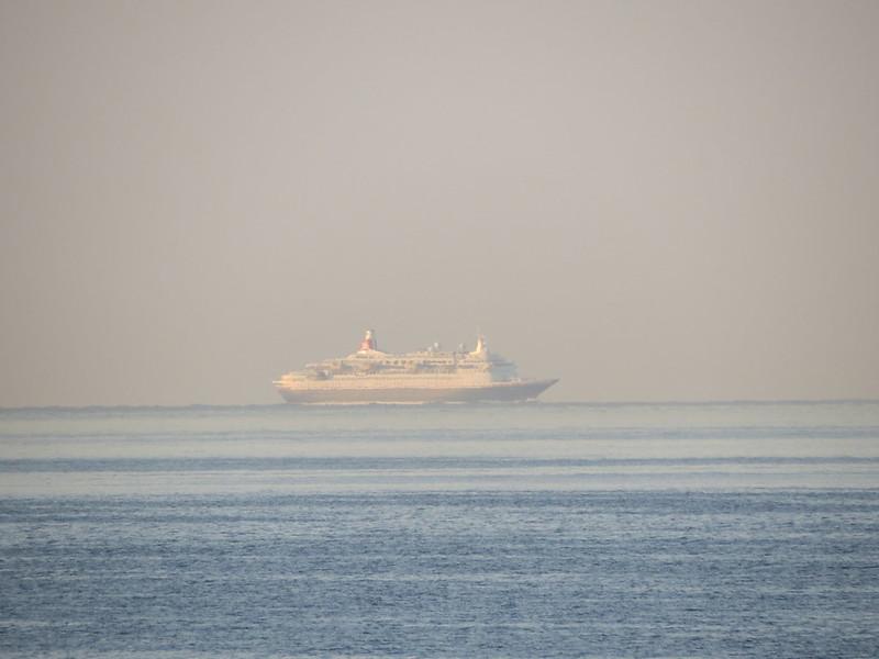 Cruise ship «MV Boudicca»IMG_2871