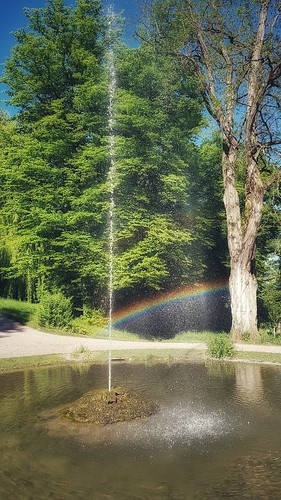 Regenbogenspringbrunnen