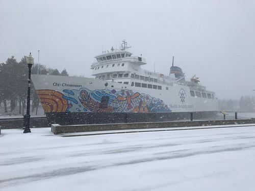 Owen Sound frosty boat