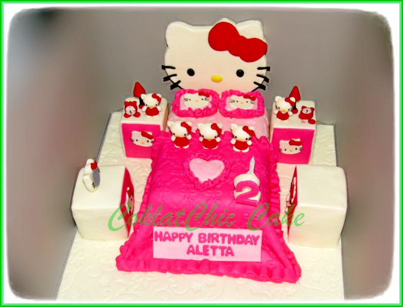 Cake Hello Kitty Bedroom ALETTA 15 cm
