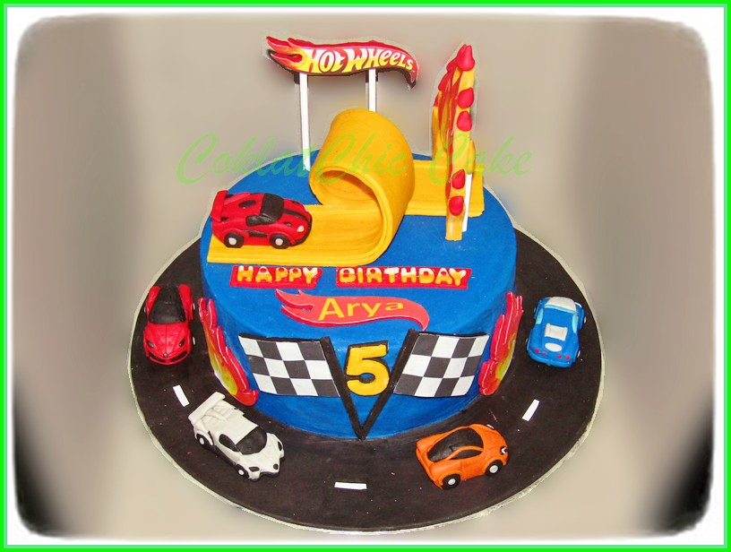 Cake HotWheels ARYA 18 cm