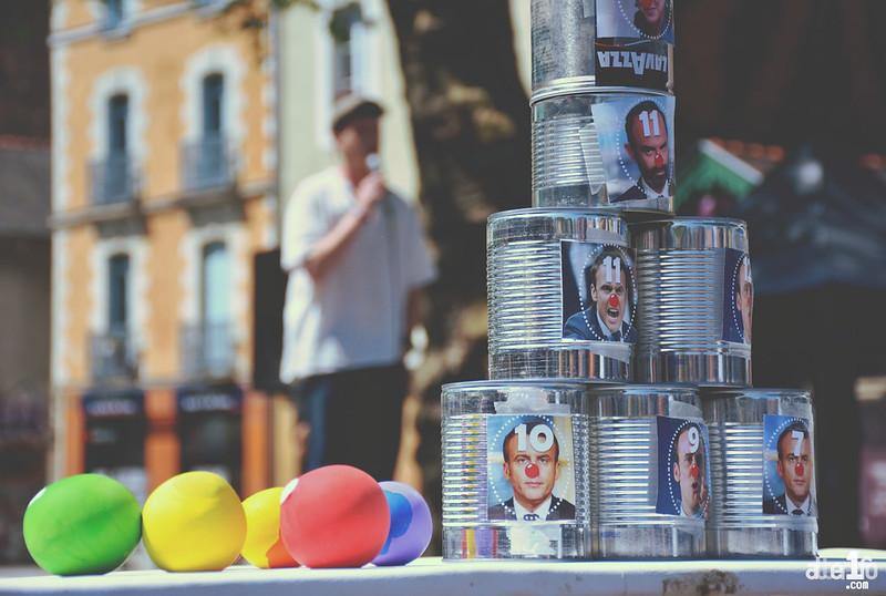 [05 Mai 2018] – Un jour, une photo : Chamboule-tout pour faire la fête à Macron...