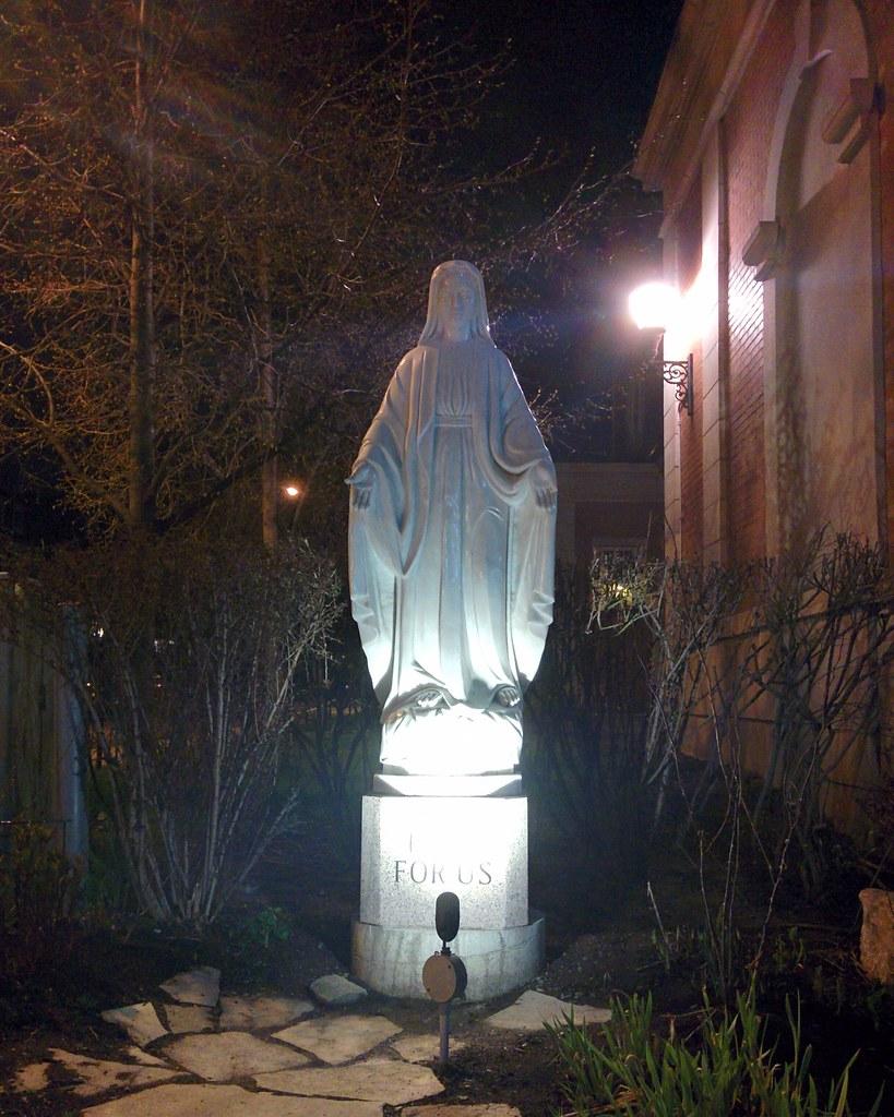 """Pray For Us"" #toronto #parkdale #holyfamilychurch #statue #virginmary #night #kingstreetwest #closeave #closeavenue"