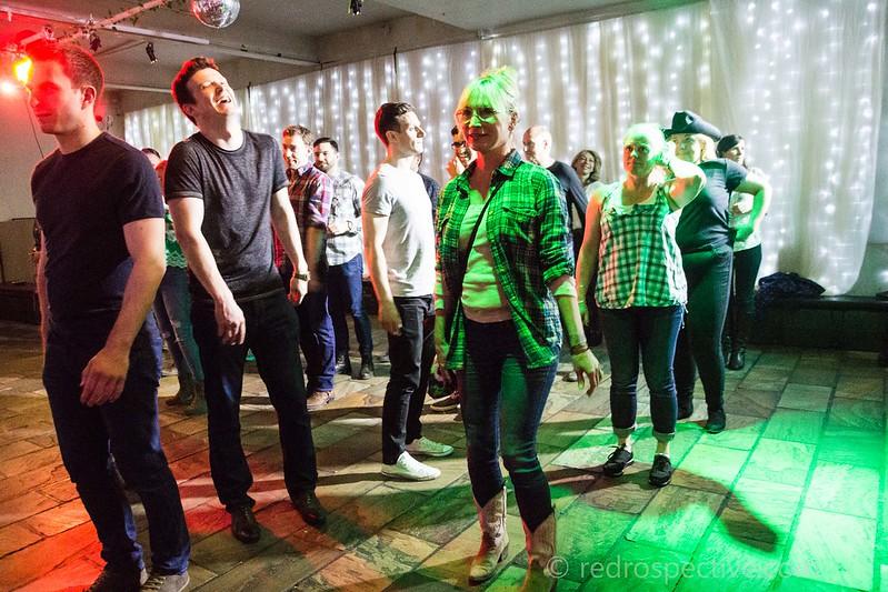Line Dancing-3853