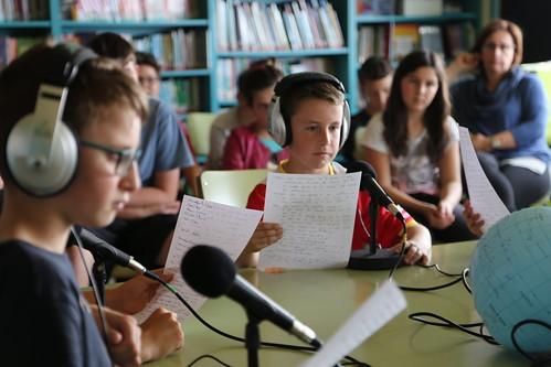 Taller radiofònic a l'Escola Lluçanès de Prats de Lluçanès