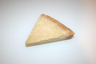 02 - Zutat Parmesan / Ingredient parmesan