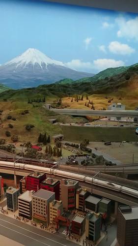 由前至後:新幹線、在來線、磁浮列車、富士山 @ リニア鉄道館  鉄道ジオラマ