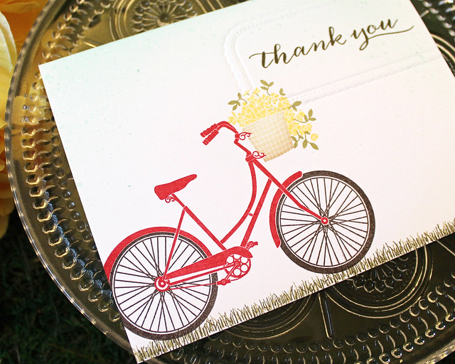 LizzieJones_PapertreyInk_SimpleToSpectacular_PedalPusher_SimpleThankYouCard3