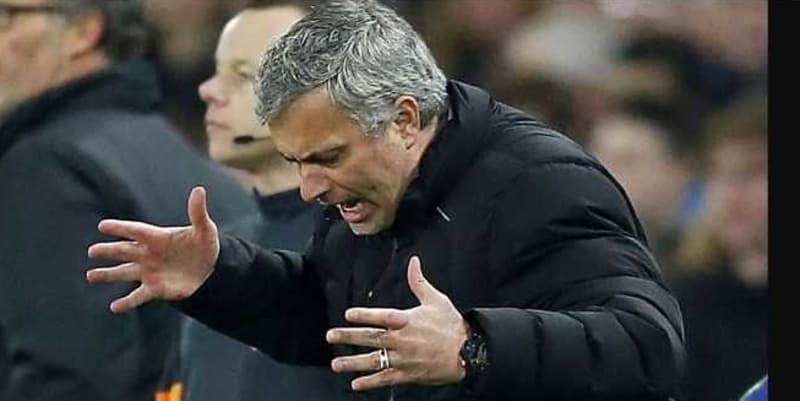 Mourinho Paksa Manchester United Untuk Beli 7 Pemain Ini