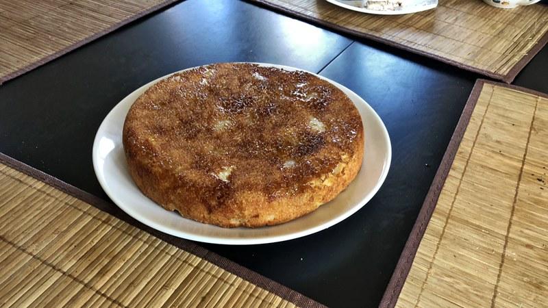 Грушевый пирог с карамельной корочкой