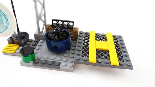 LEGO Juniors The Incredibles 2 Elastigirl's Rooftop Pursuit (10759)