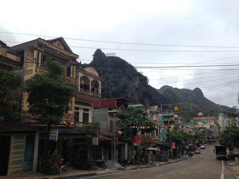 サフィン(Sa Phin)から14キロ歩いてドンバン(Dong Van)に帰る, 5