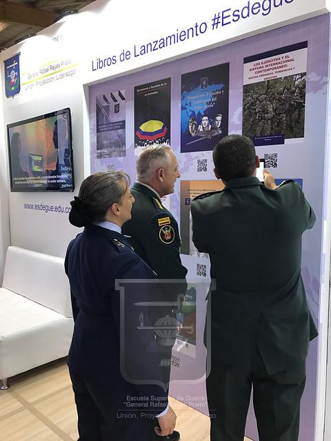Visita del Comandante de las Fuerzas Militares General Alberto José Mejía Ferrero
