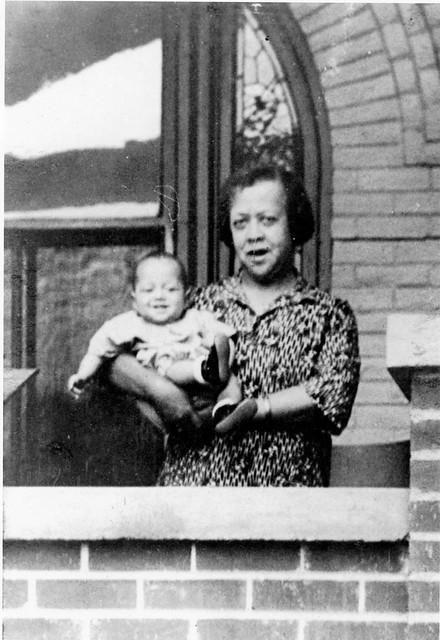 Justina Laurena Warren with babby Gene Carter