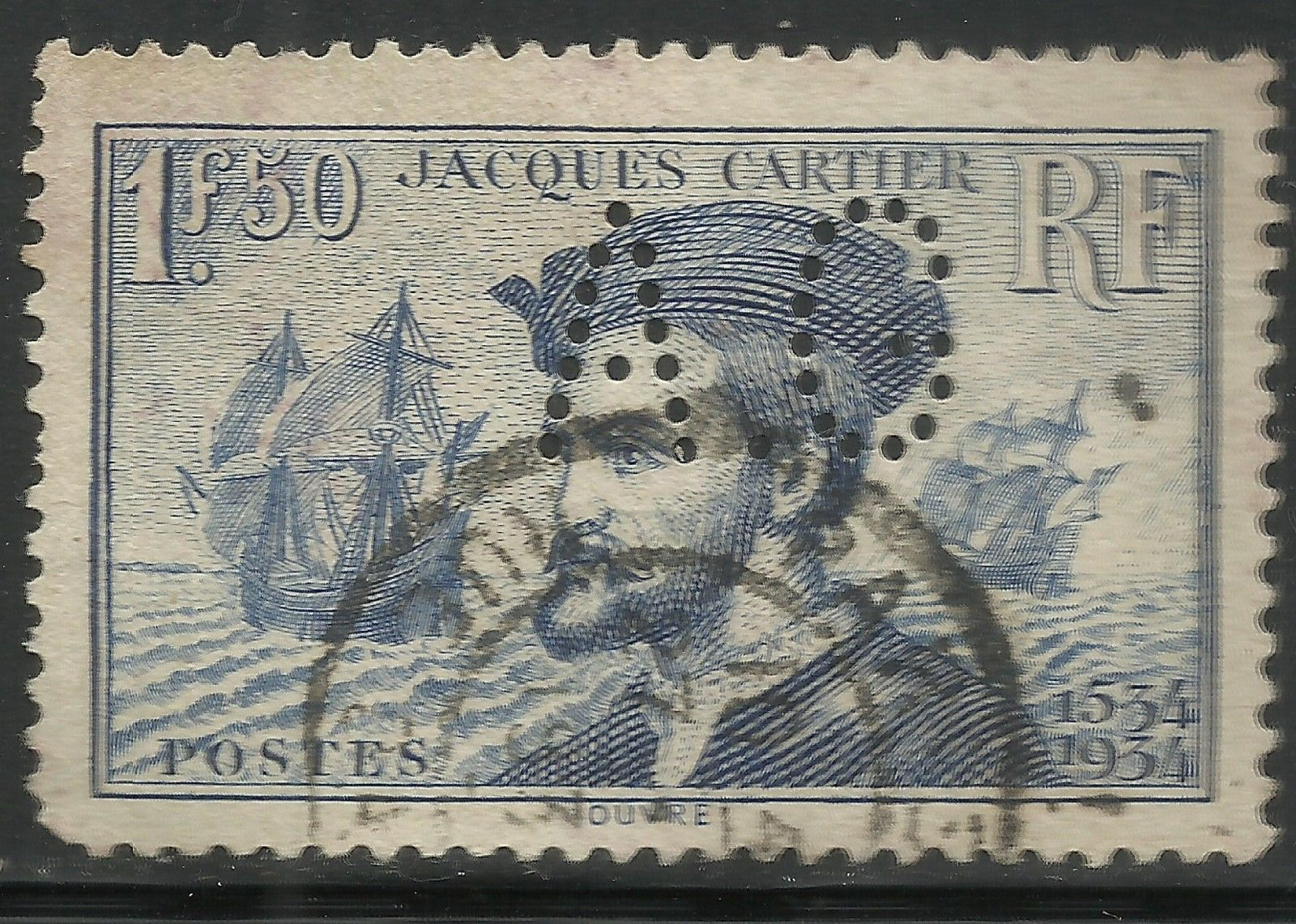 France - Scott #297 (1934) used, perfin