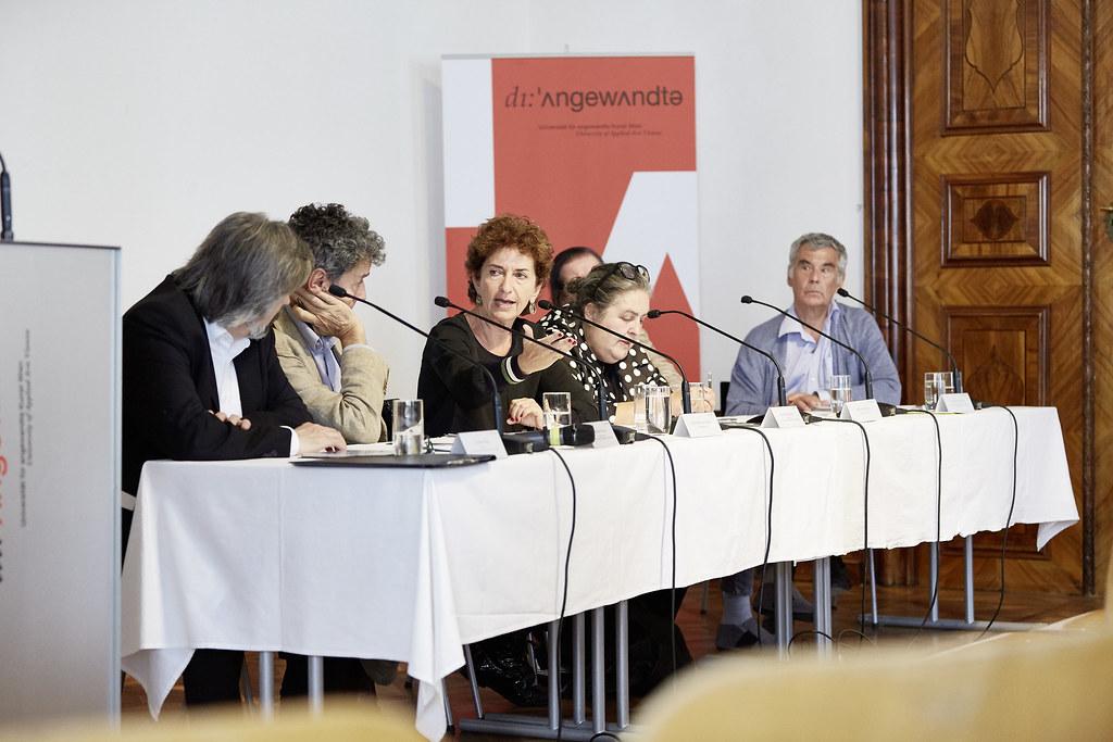 Internationale Konferenz: CHANGING POLITICS CHANGING CULTURES.DIE POLITISCHE WENDE IN EUROPA UND IHRE WIRKUNGEN AUF KUNST, KULTUR UND KULTURPOLITIK.