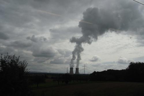 20100902 185 Jakobus Heimfahrt Kraftwerk Rauch Wolken