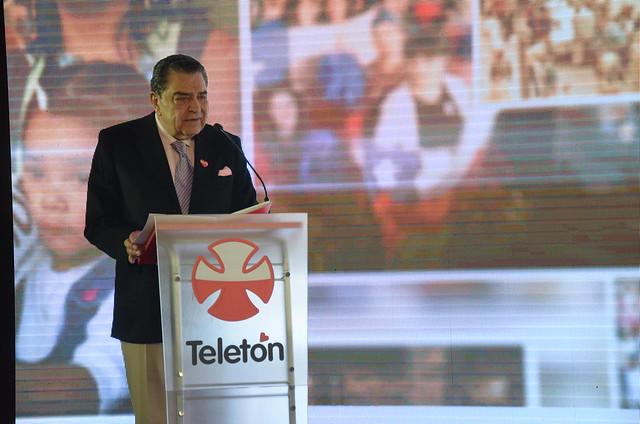 Mario Kreutzberger lidera jornada de trabajo preparando los 40 años de Teletón