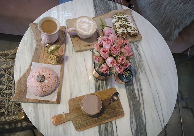 Hidden Corners Flora Caffe Resena 5