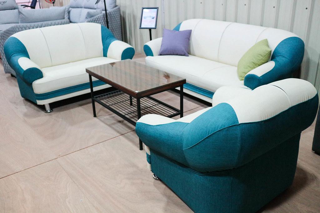 享坐沙發 (104)