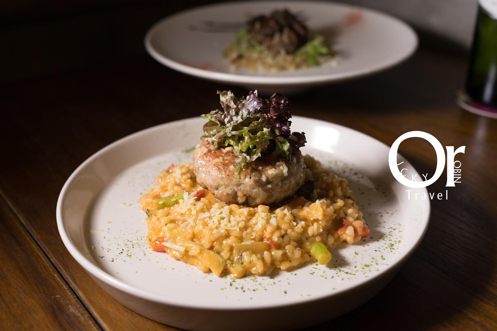 捷運小巨蛋|平日中午才有提供的高CP值義式套餐,充滿驚喜的開胃小菜及濃湯-Pa Pa Rice 義式燉飯.餐酒館