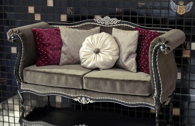 1:4 Sofa