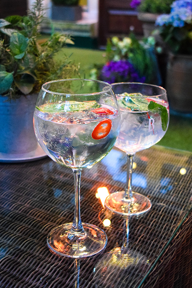 Gin and Tonics at The Royal Horseguards Hotel's Secret Herb Garden #gin #tonic #g&t #gingarden #pubgarden #hotel #london