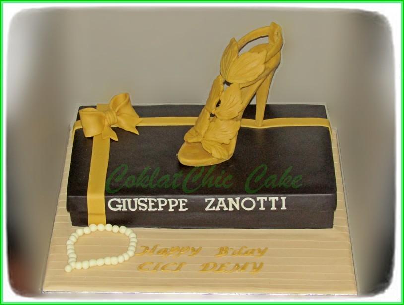 Cake Branded Shoe -CICI DEMY 20x30 cm