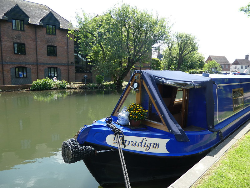 UntitledNarrowboats adorned with flowers on the Kennet & Avon canal, Newbury