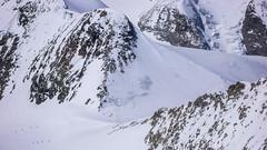 Widok z Piz Palu 3900m na przełęcz Bella Vista 3688m