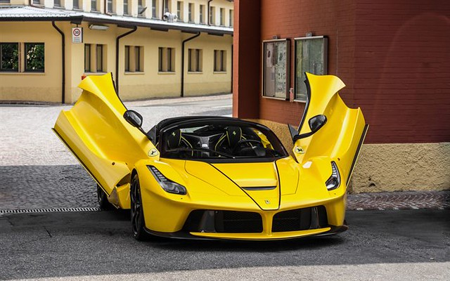 Best Sports Cars : 4k, Ferrari LaFerrari Aperta, hypercars, 2017 cars, supercars, yellow LaFerrari,...