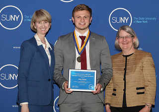 Mon, 04/16/2018 - 14:14 - Glenn Holmes receiving the SUNY Chancellor's Award