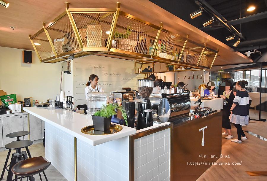 咖啡任務 台中最高咖啡館 夜景04