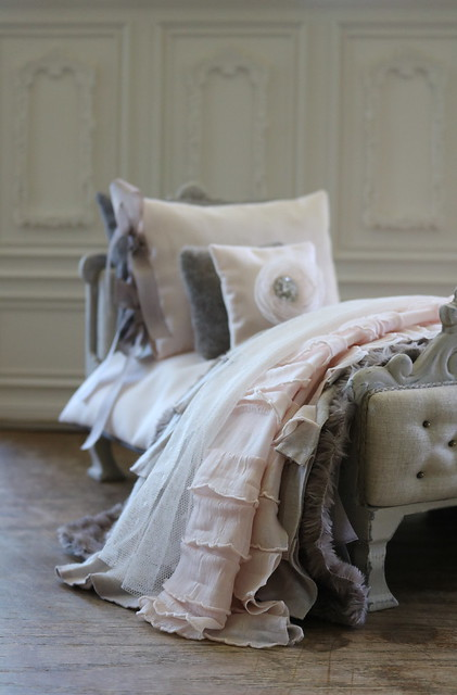 Custom bed and linens