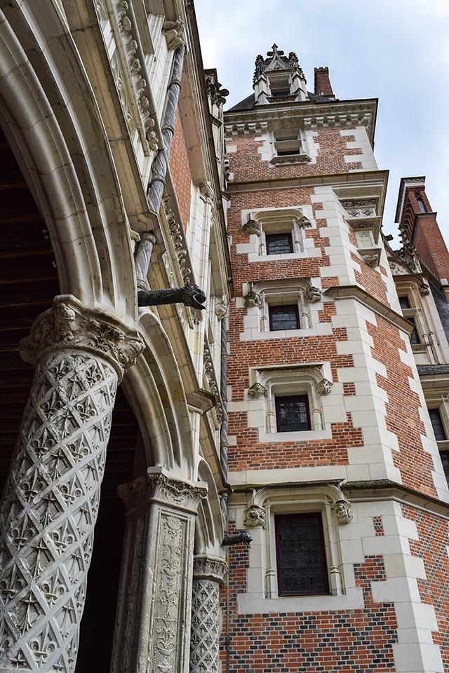 Courtyard at Château de Blois #loire #france #chateau #travel