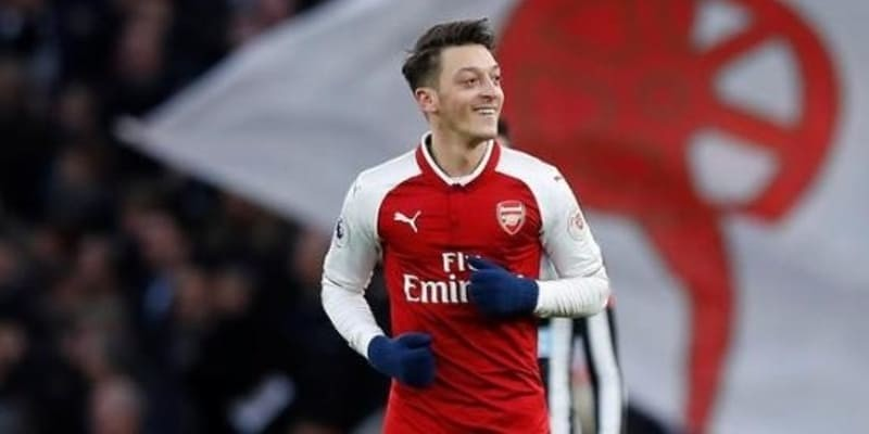 Unai Emery Tidak Akan Jual Mesut Ozil Ke Klub Lain