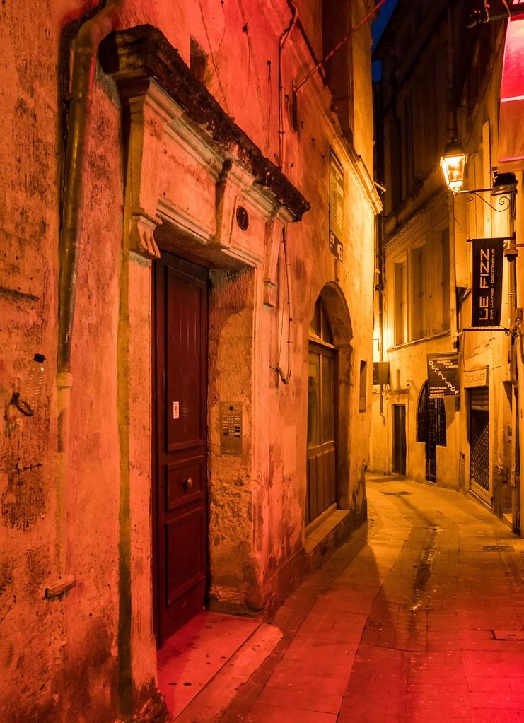 Montpellier : ville d'ombre et de lumière... La suite 40971015934_b0045095aa_b