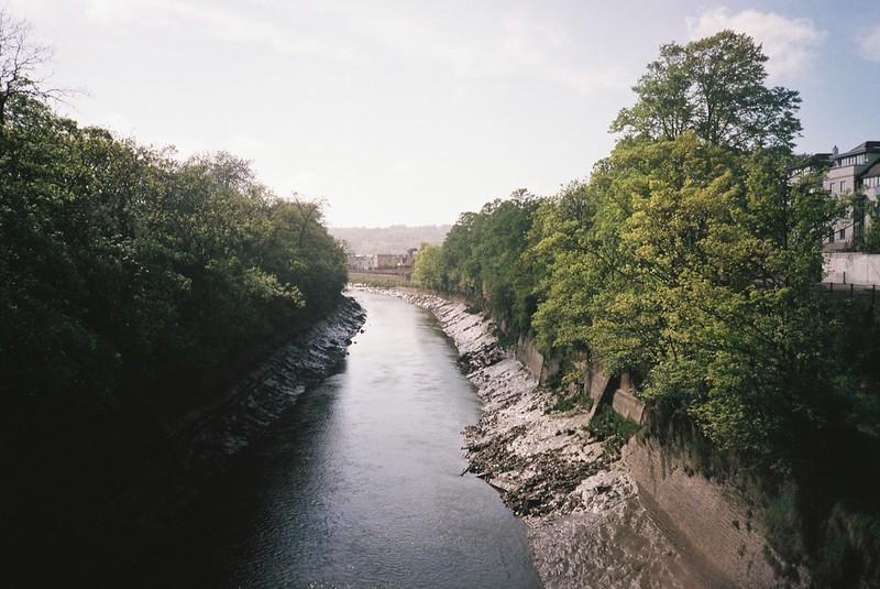Sunny Avon, Gaol Ferry bridge