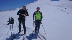 Zjazd lodowcem Vadretta di Fellaria, z przełęczy Bella Vista 3688m do schroniska Marinelli Bombardieri. Maciek i Paweł.