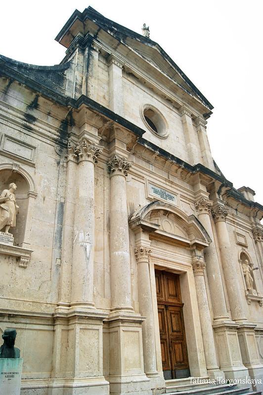 Фасад церкви Рождества Богородицы