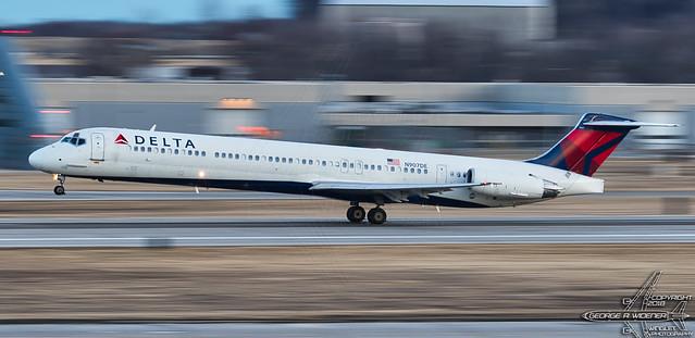Delta Airlines  | McDonnell Douglas | MD-88 | N907DE | F/N:9007 | S/N:53416 | L/N:2029